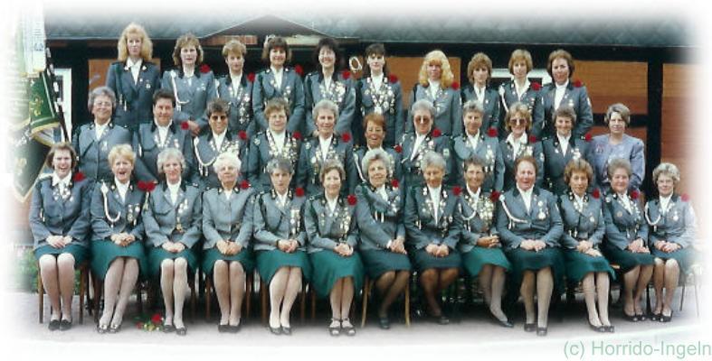 Gruppenfoto unserer Damenabteilung aus dem Jahr 1995 anlässlich unseres 75-jährigen Jubiläums