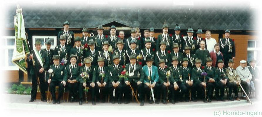 Gruppenfoto unserer Herrenabteilung aus dem Jahr 1995 anlässlich unseres 75-jährigen Jubiläums