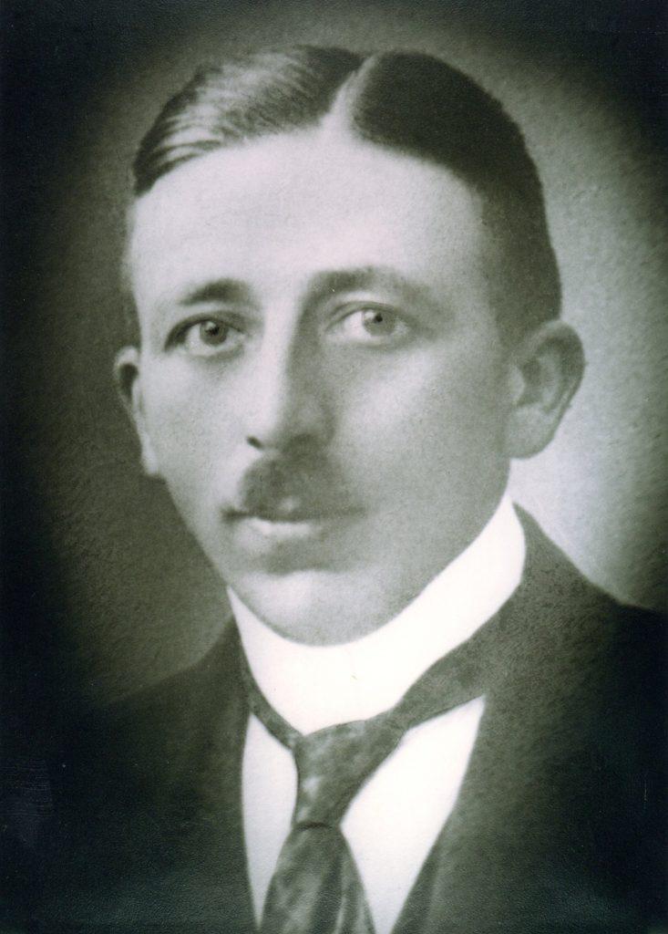Heinrich Hinze (1920-1935)